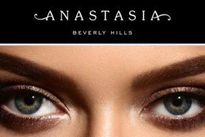 Oblikovanje obrvi Anastasia Beverly Hills, barvanje trepalnic in obrvi